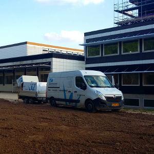 Rensning af facader på UCL Odense